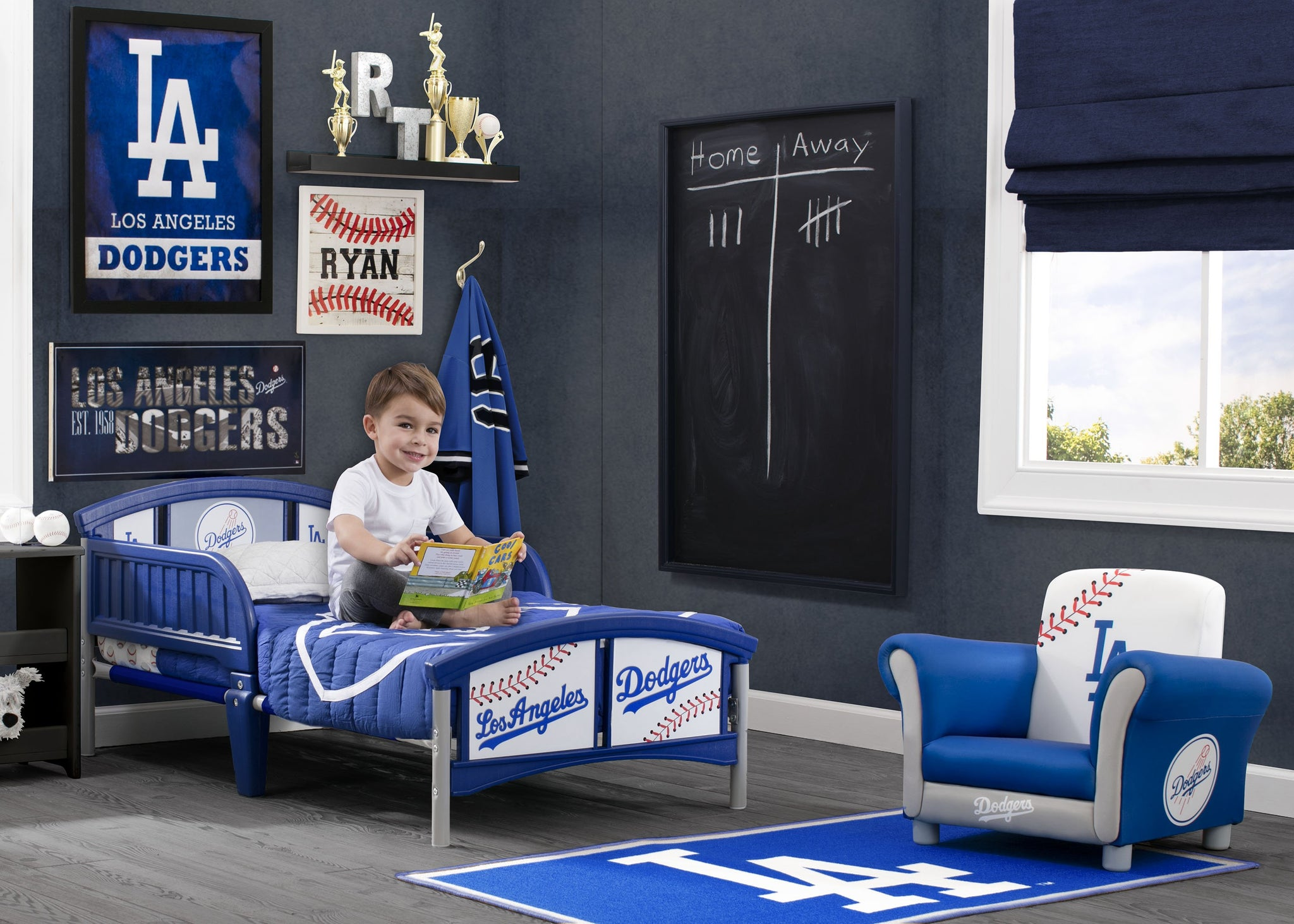 Delta Children Los Angeles Dodgers (1231) Soft Area Rug with Non-Slip Backing (TR9812LAD), Hangtag, a1a