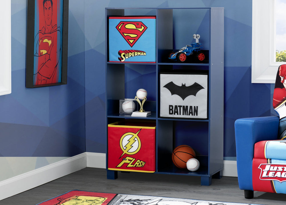 Delta Children Justice League (1215) 6 Cubby Deluxe Storage Unit (TB83424JL), Hangtag, a1a
