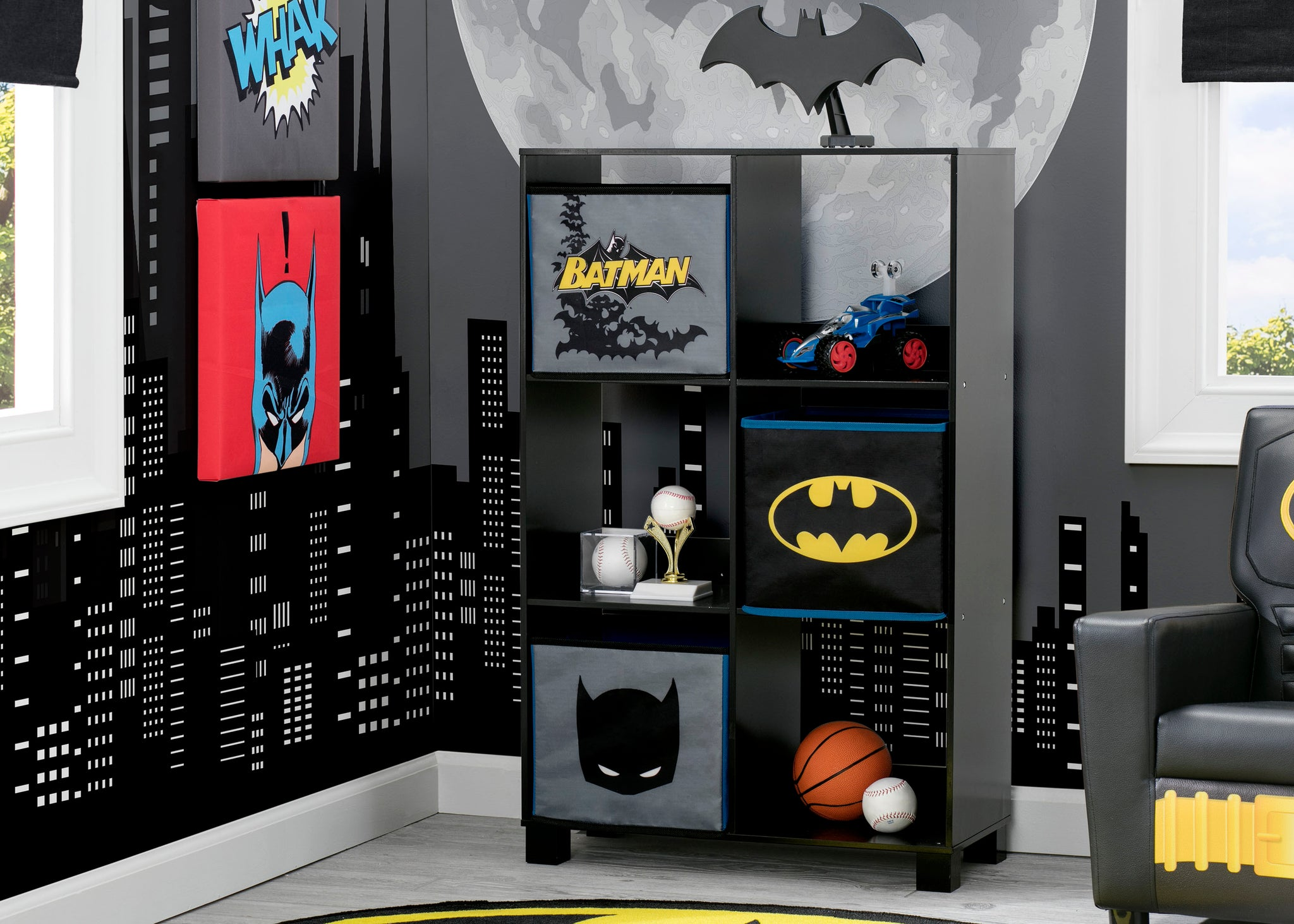 Delta Children Batman (1200) 6 Cubby Deluxe Storage Unit (TB83421BT), Hangtag, a1a