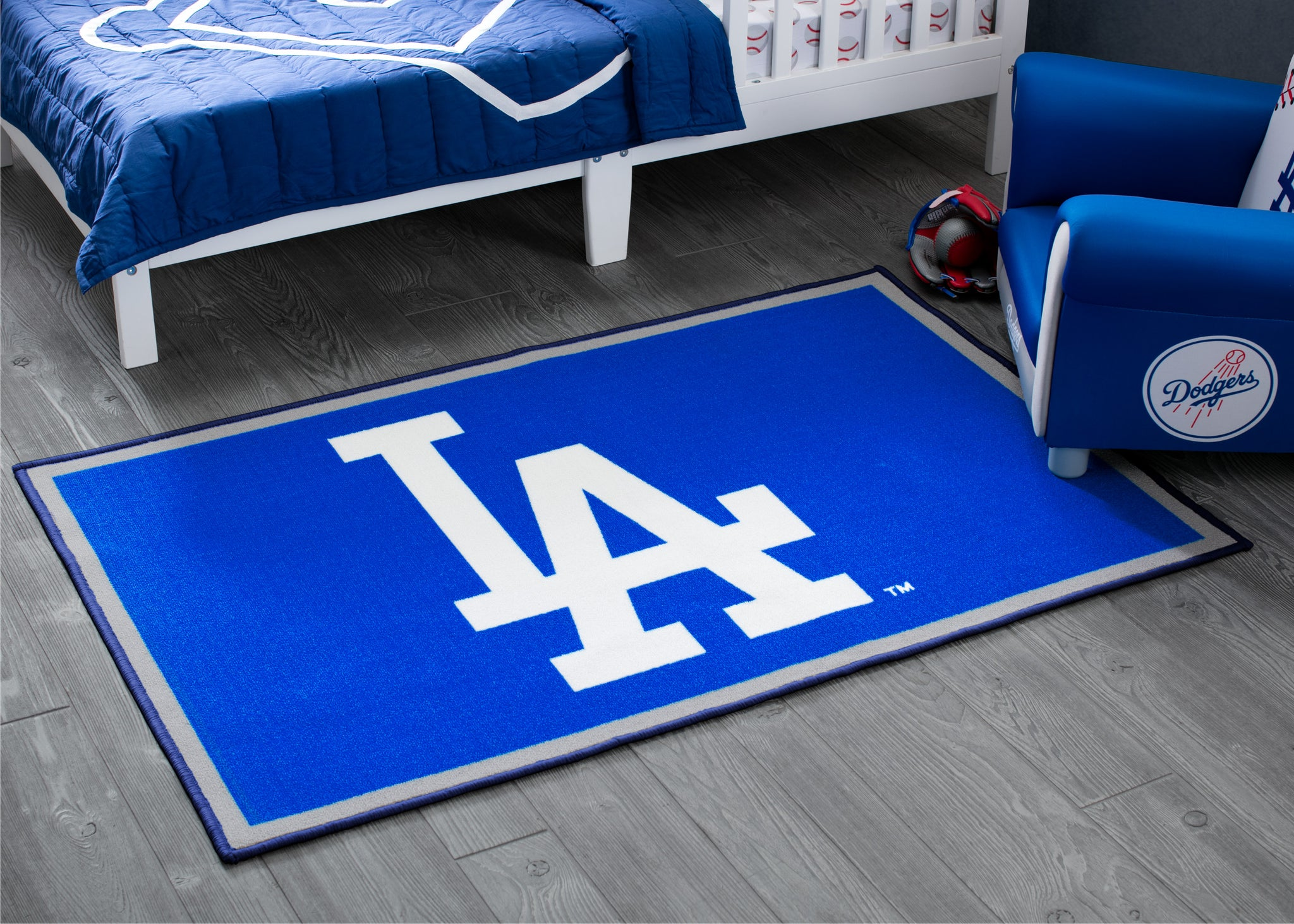 Los Angeles Dodgers Soft Area Rug with Non-Slip Backing (4' x 2'6)