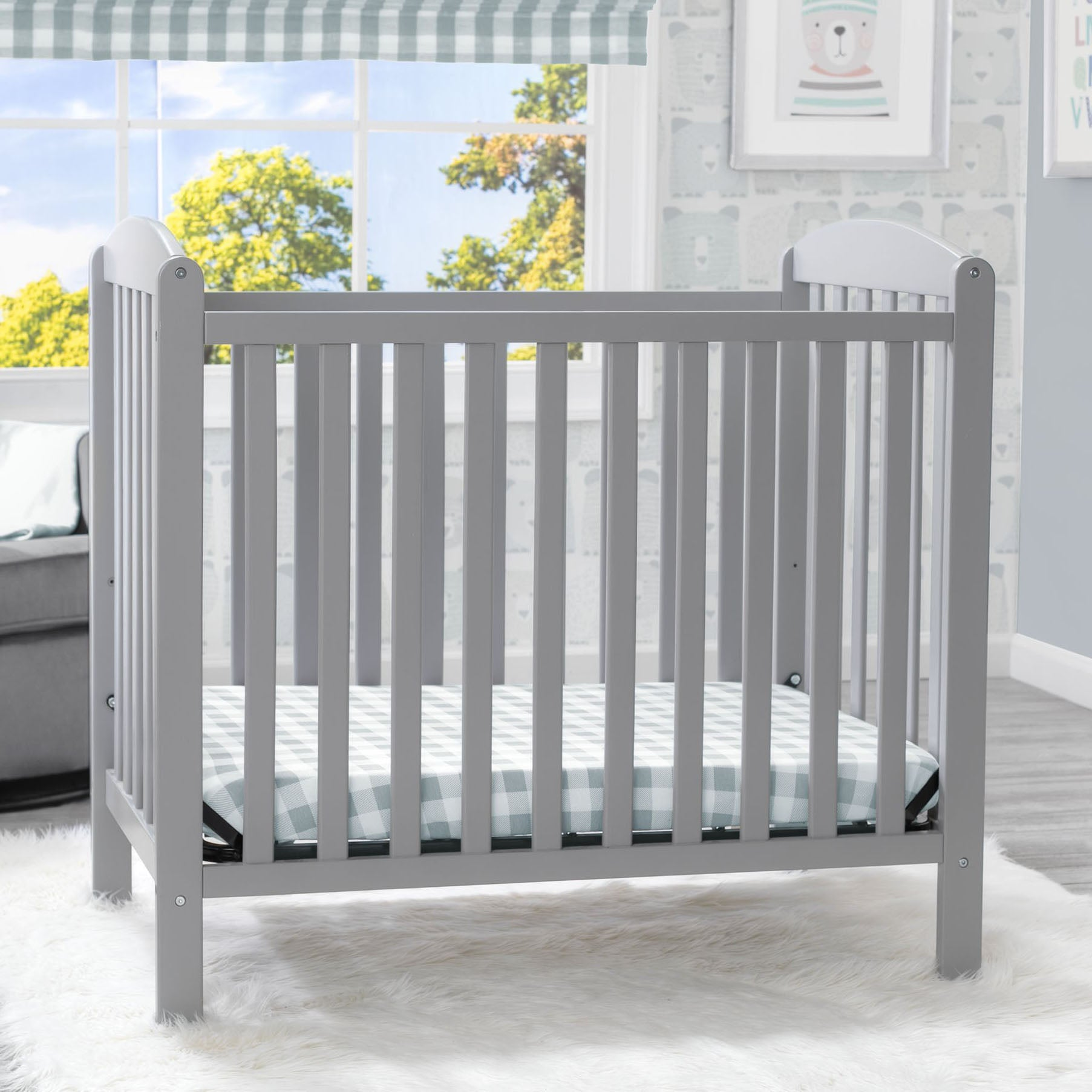 Sprout Mini Crib with Mattress