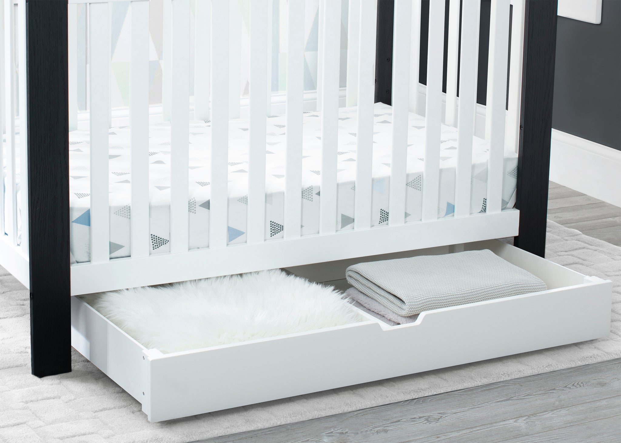 Delta Children Bianca White (130) Under Crib Roll-Out Storage, Hangtag View