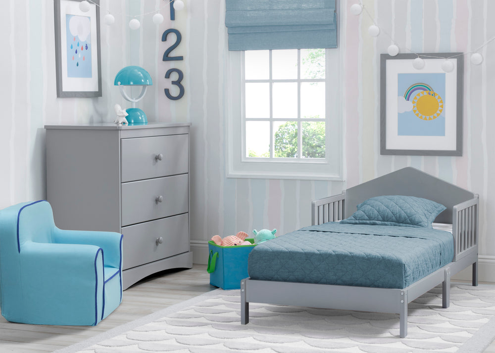 Delta Children Grey (026) Homestead Toddler Bed Room View