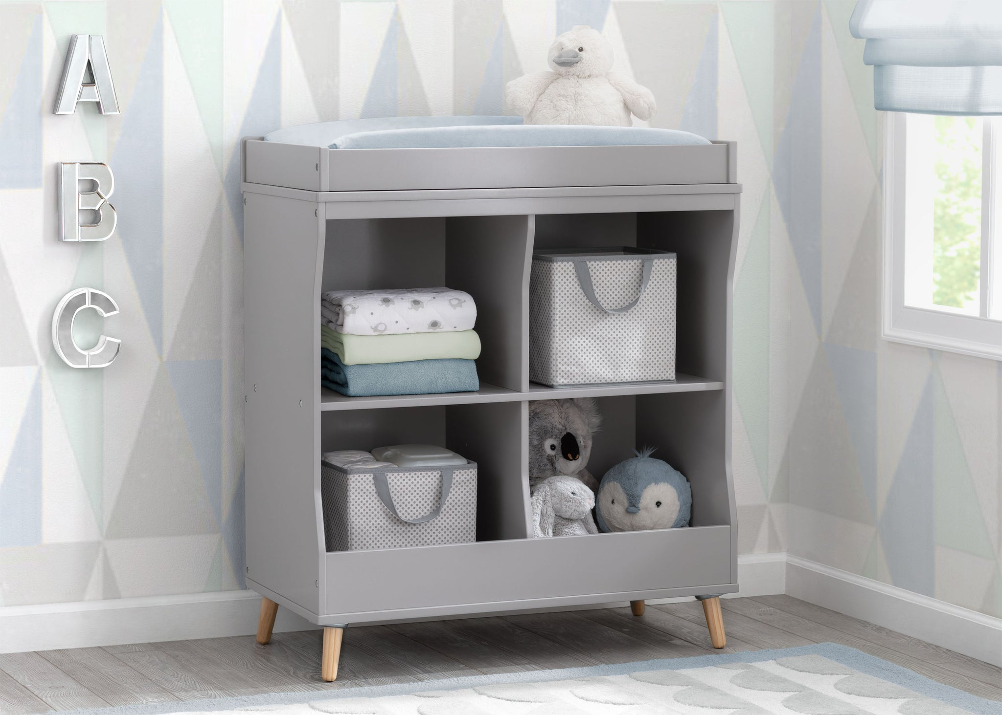 Delta Children Grey (1359) Essex Changing Table/Bookcase, Hangtag View