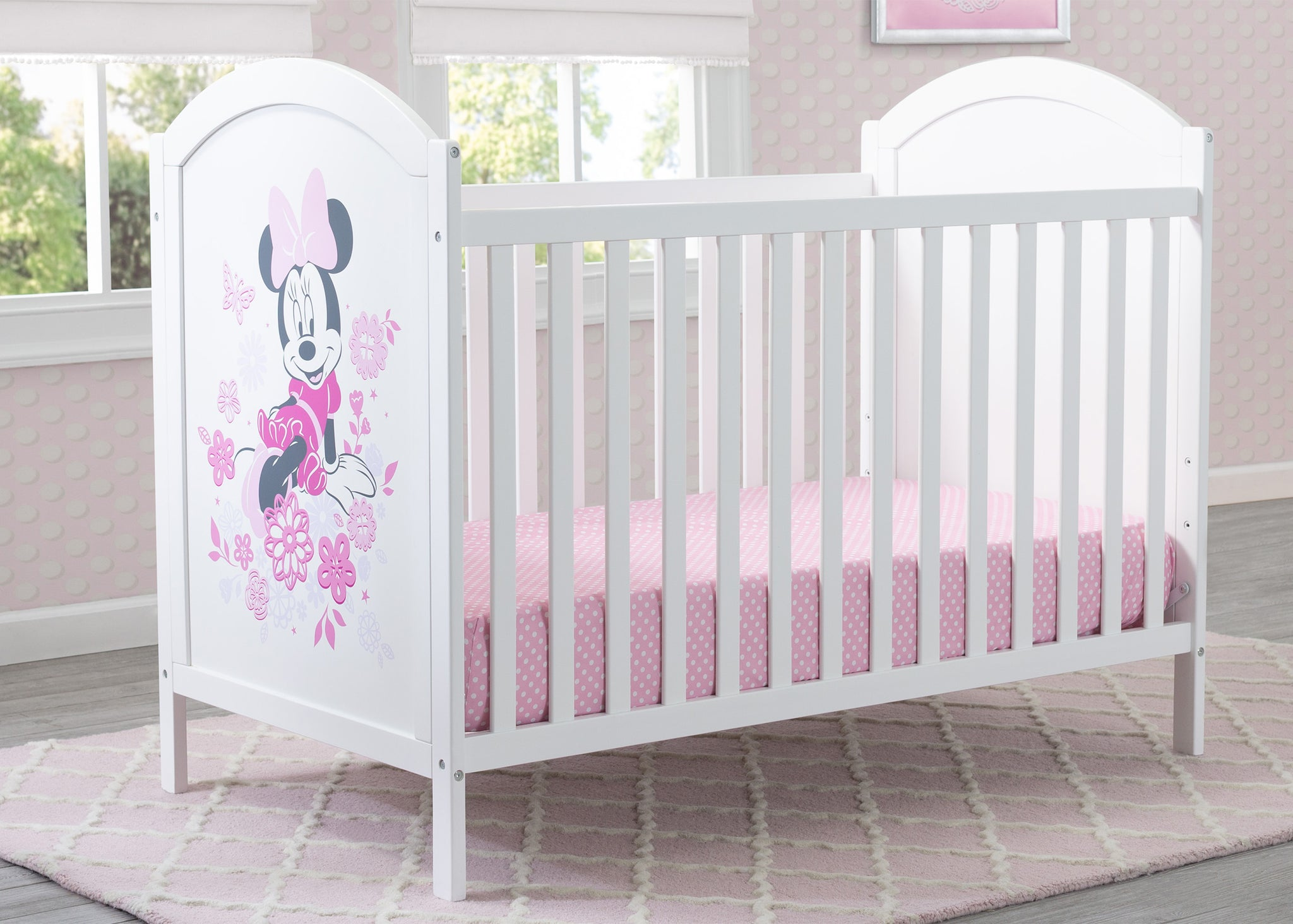 Disney Bianca White with Minnie (1302) Minnie Mouse 4-in-1 Convertible Crib by Delta Children, Hangtag View