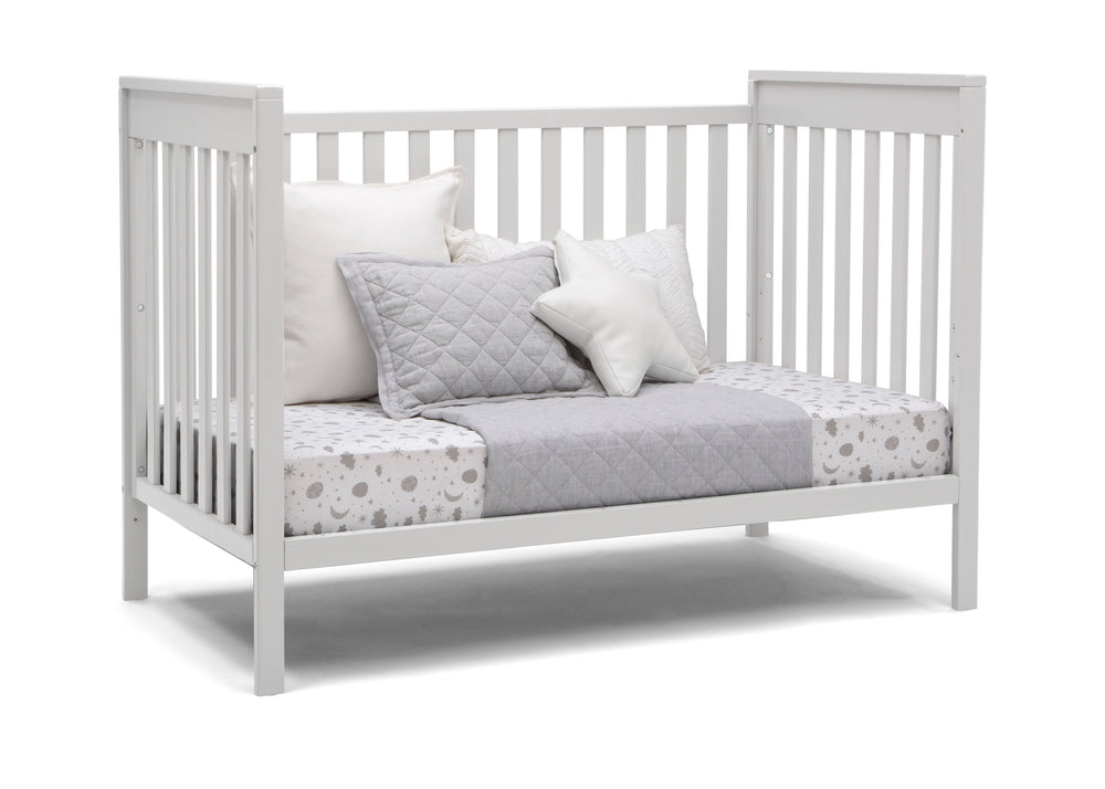 Delta Children Bianca White (130) Mercer 6-in-1 Convertible Crib, Right Day Bed Silo View