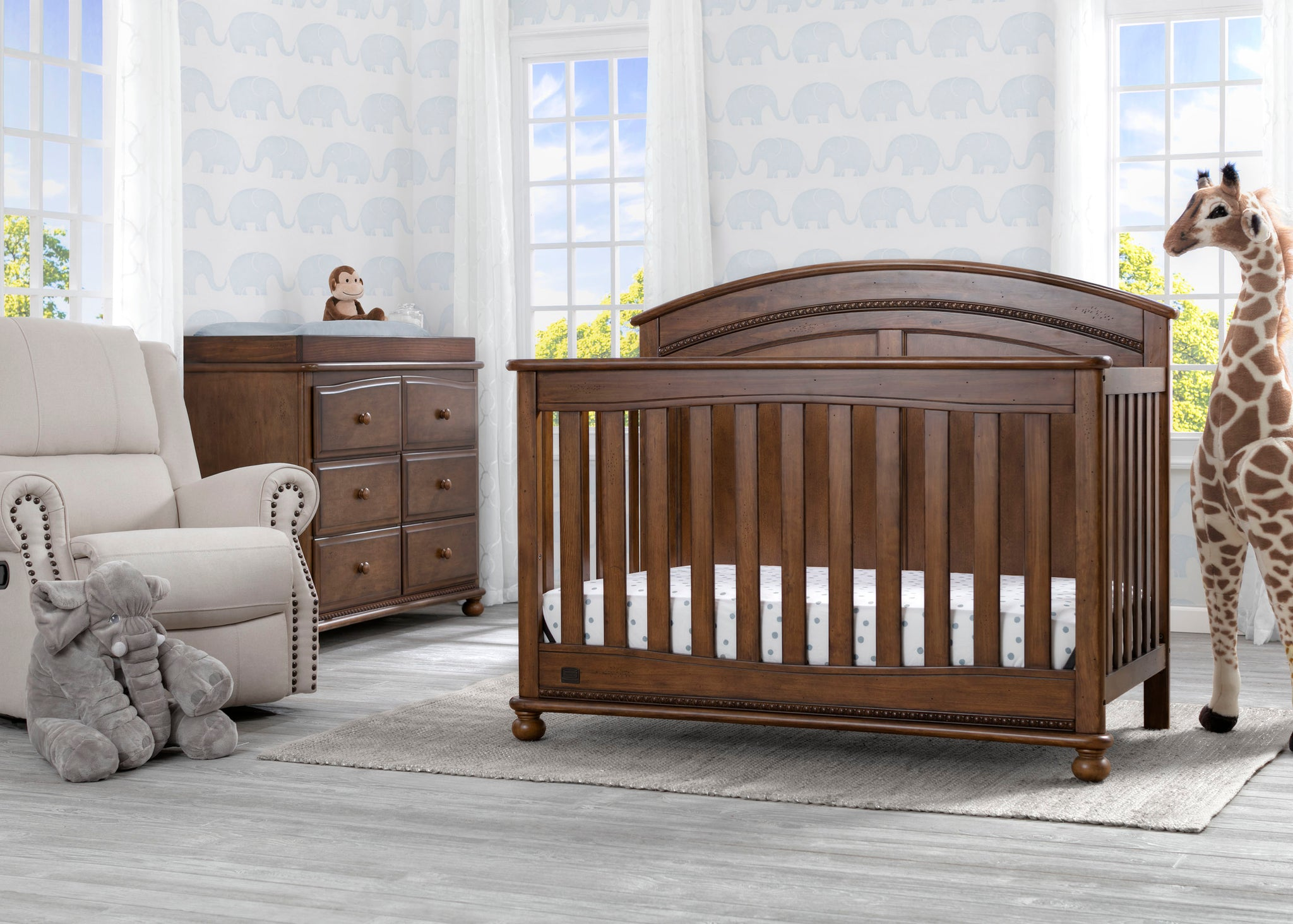 Simmons Kids Antique Chestnut (2100) Ainsworth 4-in-1 Convertible Crib (W337250), Room View, c1c