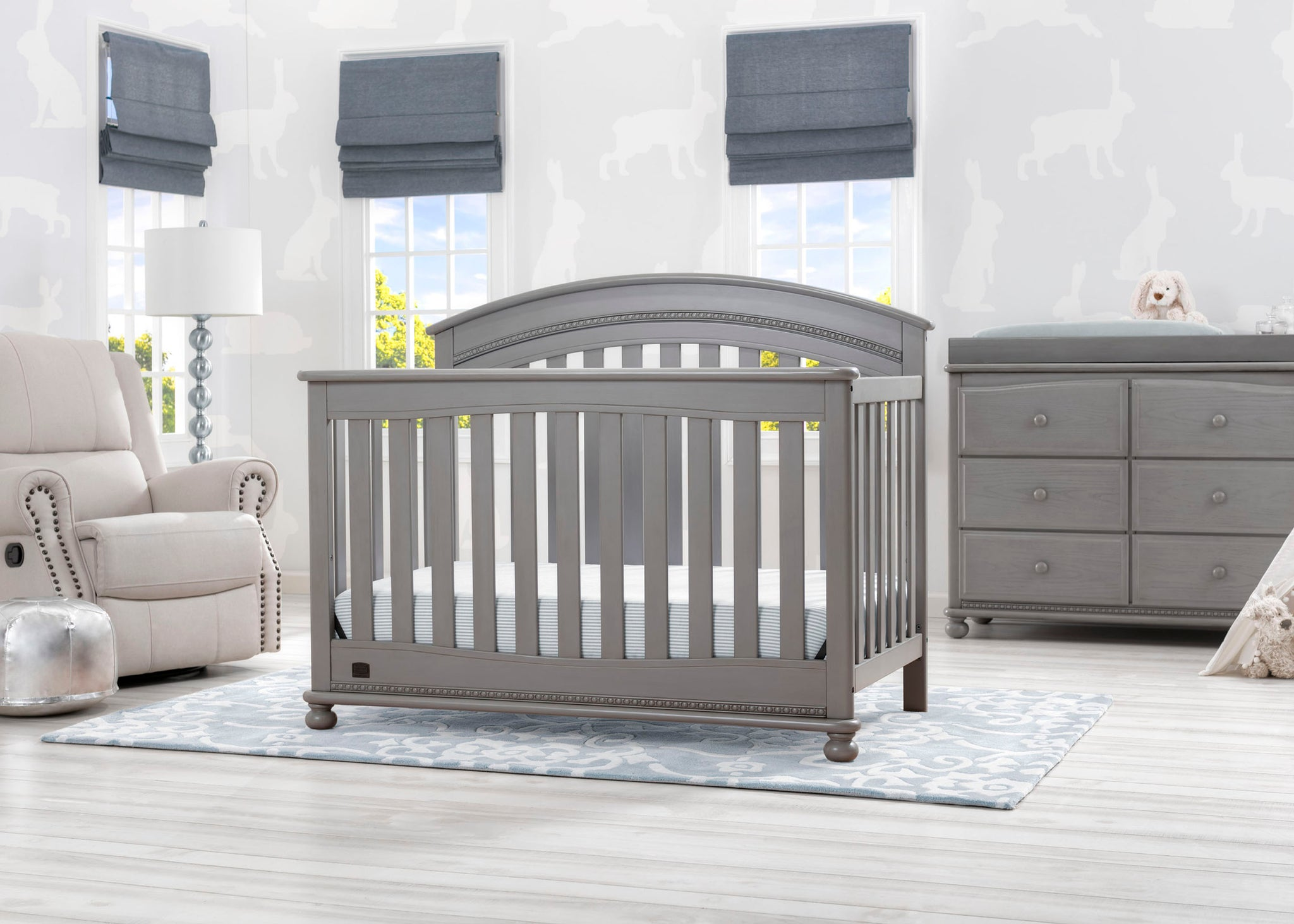 Delta Children Storm (161) Aden 4-in-1 Convertible Crib (W337550) Room View, b1b