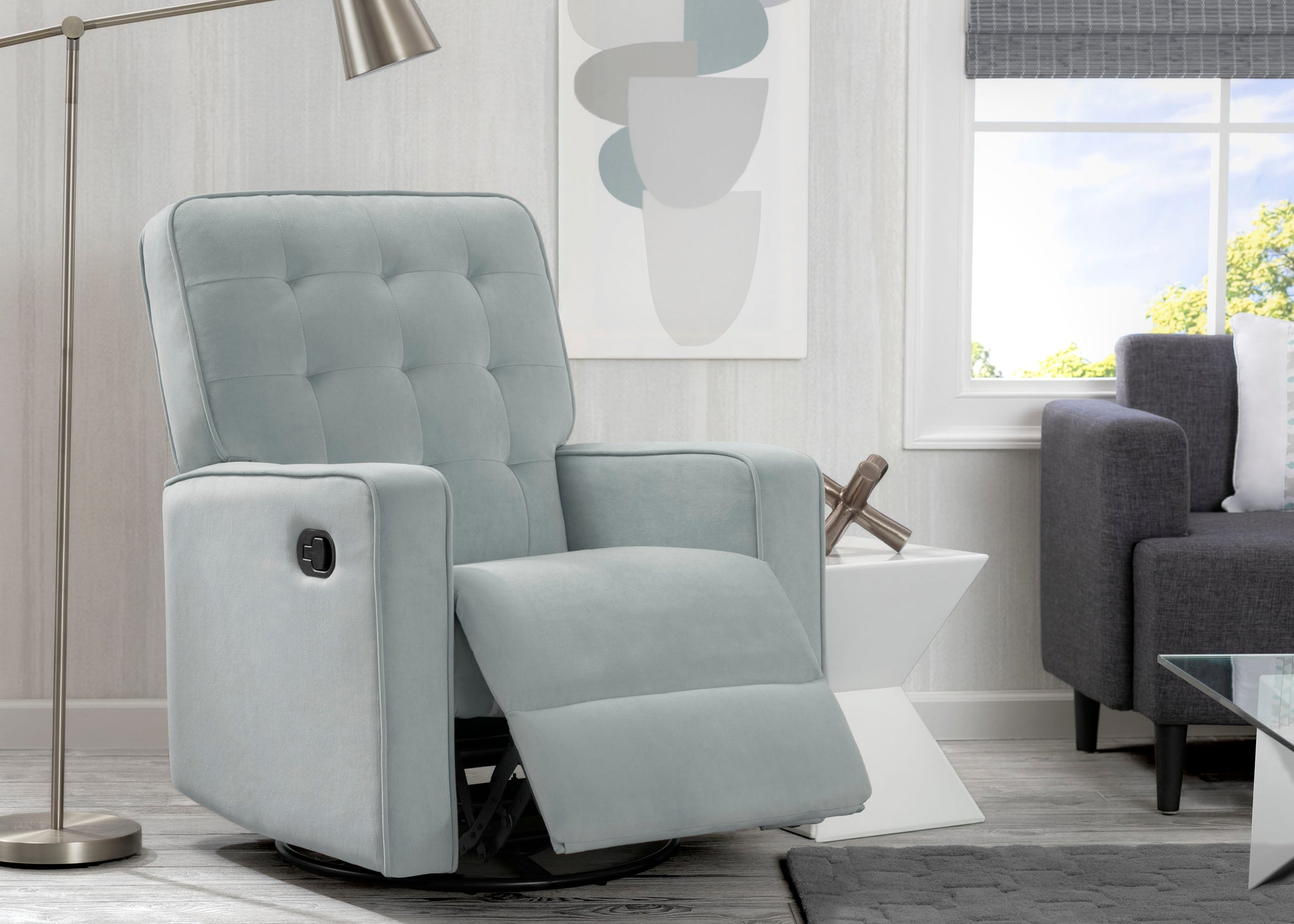 Delta Home Mist (934) Grant Glider Swivel Recliner, Room Reclined View
