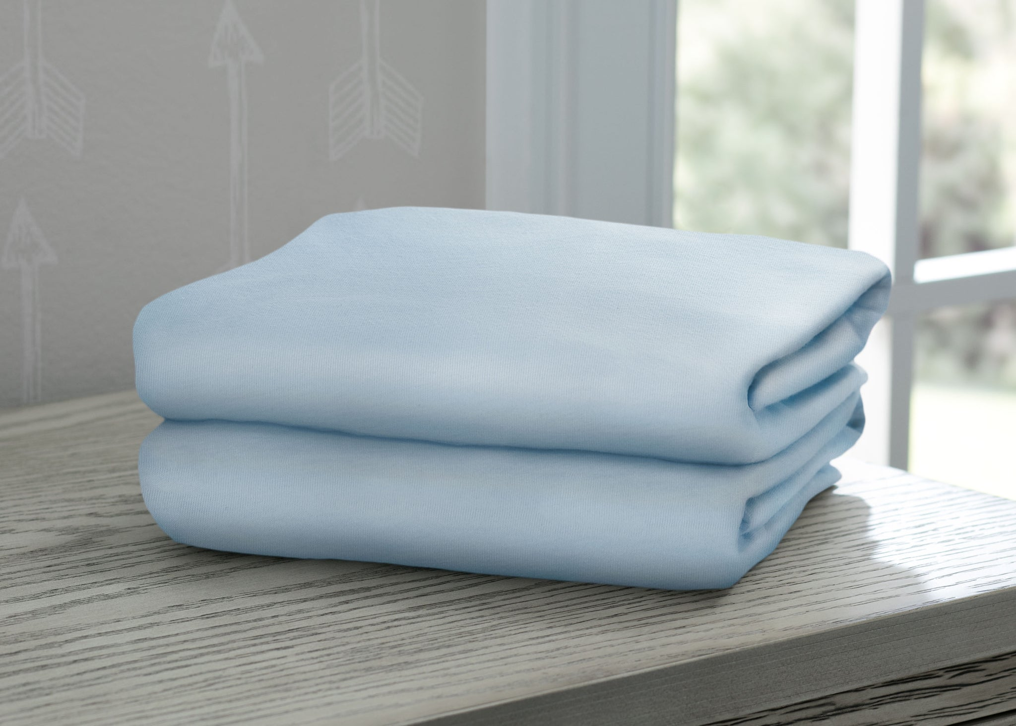 Delta Children Baby Blue (470) Fitted Crib Sheet Set – 2 Pack Hangtag View