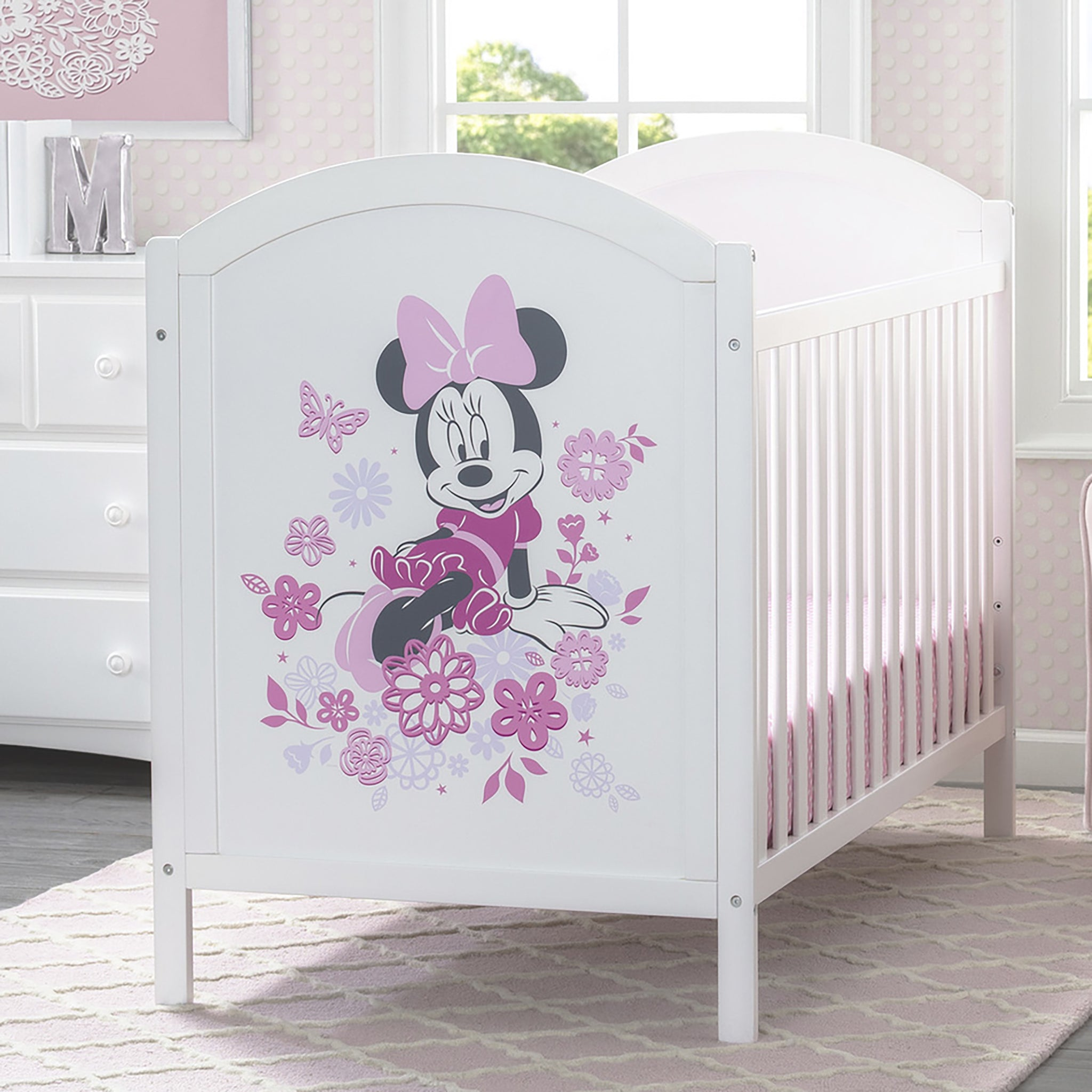 Minnie Mouse 4-in-1 Convertible Crib