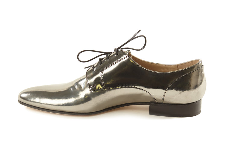 women's silver oxfords, pewter metallic oxfords womens, silver oxford shoes for women, silver metallic leather flat oxford shoes for women in large extended size 8,9,10,11,12,13 made in Italy inside view