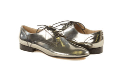 women's silver oxfords, pewter metallic oxfords womens, silver oxford shoes for women, silver metallic leather flat oxford shoes for women in large extended size 8,9,10,11,12,13 made in Italy main view