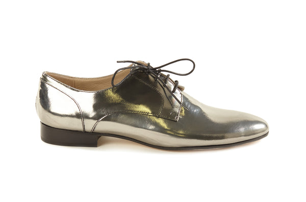 women's silver oxfords, pewter metallic oxfords womens, silver oxford shoes for women, silver metallic leather flat oxford shoes for women in large extended size 8,9,10,11,12,13 made in Italy side view