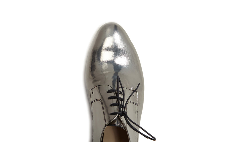 women's silver oxfords, pewter metallic oxfords womens, silver oxford shoes for women, silver metallic leather flat oxford shoes for women in large extended size 8,9,10,11,12,13 made in Italy top almond toe view