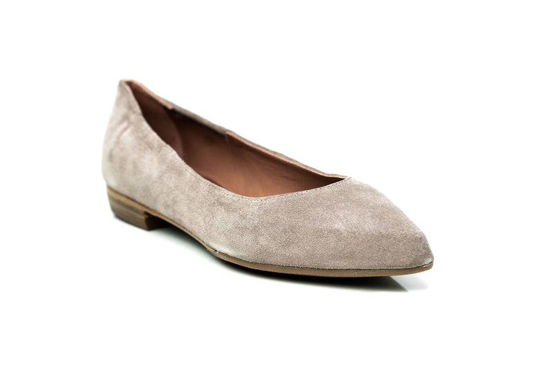 nude suede pointy toe flat sacchetto skimmer shoes for women in extended large sizes 9, 10, 11, 12, 13, 14 handmade in Spain side view