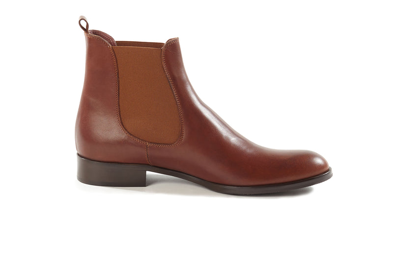 cognac brown all genuine leather women's classic Italian Chelsea boots in extended large sizes 9, 10, 11, 12, 13 made in Italy inside view