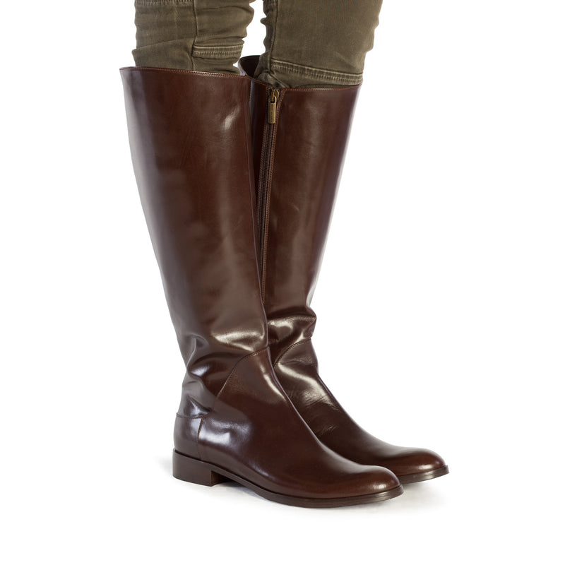 large boots, tall boots, riding boots, equestrian boots, polo boots, size 13 boots, size 12 boots, womens brown boots, Simona in dark brown Italian leather with inside zipper and elastic gore in plus size 9,10,11,12,13, made in Italy on foot view