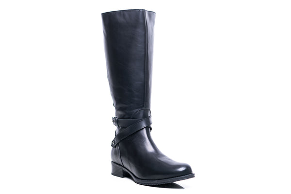 VIOLETA XL - Wide Calf Boots in Black Smooth Leather
