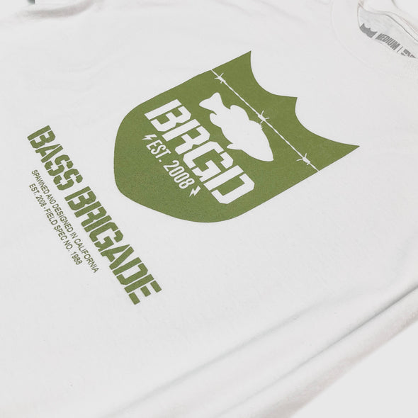 FIRST IN LAST OUT SHIELD LOGO TEE LONG SLEEVE - WHITE / OLIVE