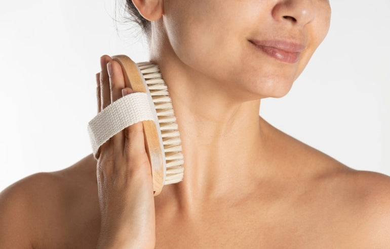 What are the home remedies for dark neck?