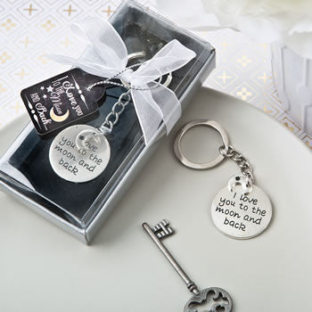 I love you to the Moon and Back keychain - nyea's Party Store