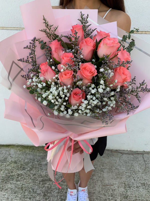12 Fresh Pink Roses Bouquet
