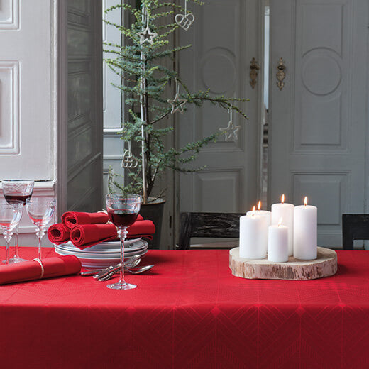 Georg Jensen Damask - Juleduk Deep Red 165x165cm - Norway Designs