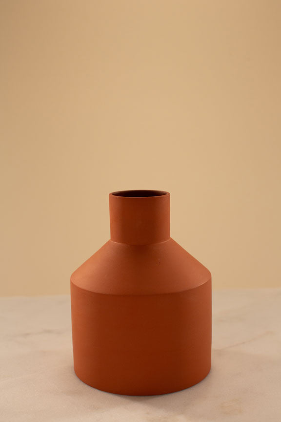 Guri Sandvik Vase Medium Thekla Terracotta - Norway Designs