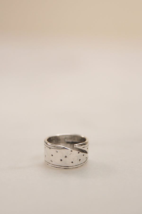 Hillestad Bred Ring Sølv - Norway Designs