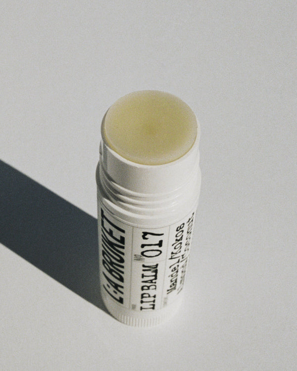 L:A Bruket - Lip Balm no017 14g Almond/Coconut - Norway Designs