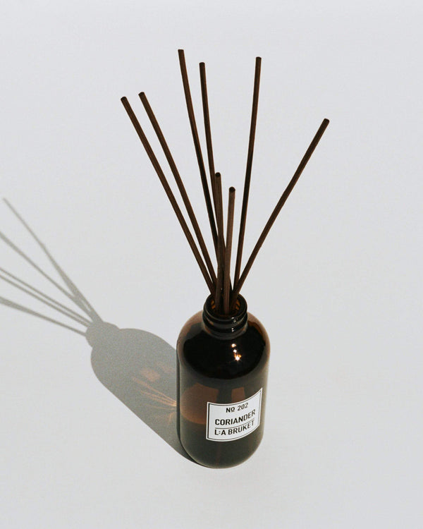 L:A Bruket - 630 Room Diffuser Coriander 200ml - Norway Designs