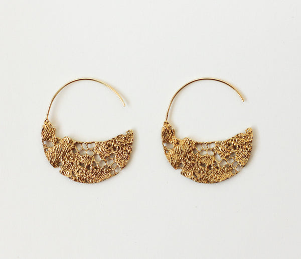 Lacy Lace Hoops Large - Norway Designs