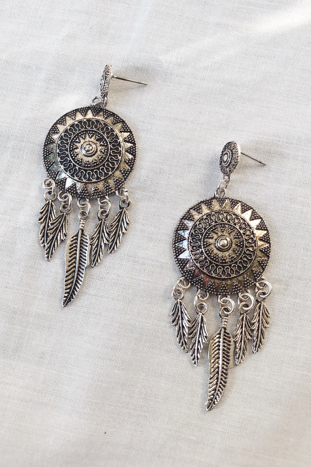 FIVE FEATHERS EARRINGS