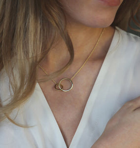 Orbit Necklace Gold