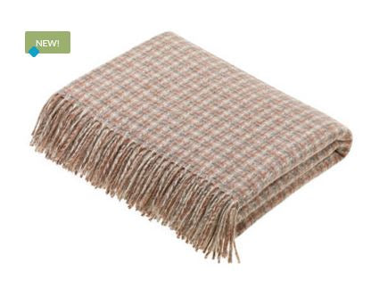 Villa Sandstone Throw