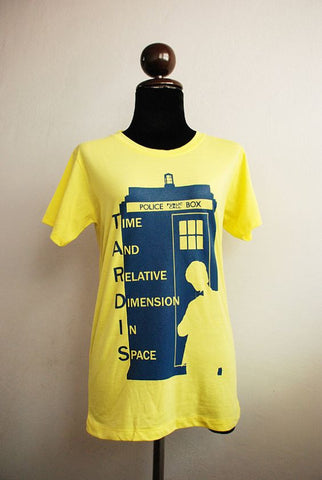 Doctor Who and Tardis Ver 2 navy blue print t shirt