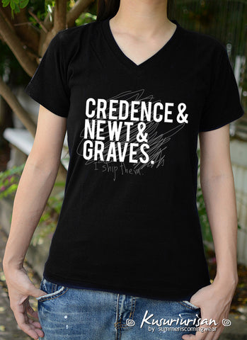 Credence Newt Graves I ship them t-shirt