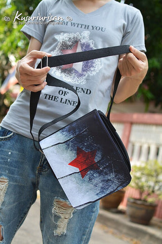 The Winter Soldier :Red star on metal arm Messenger Bag