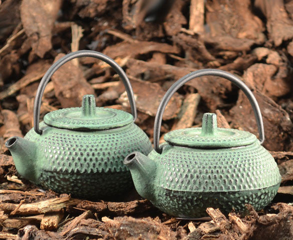 BRUU - The Gourmet Subscription Tea Club - Shinji Mini Cast Iron Teapot -