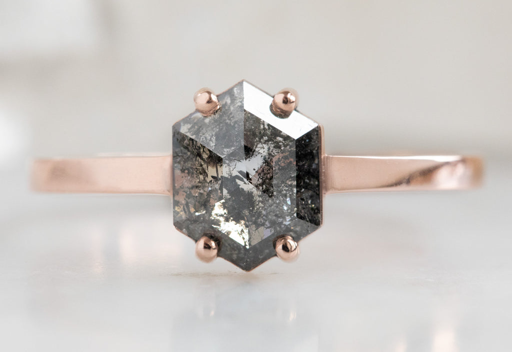 The Bryn Ring with a Black Hexagon