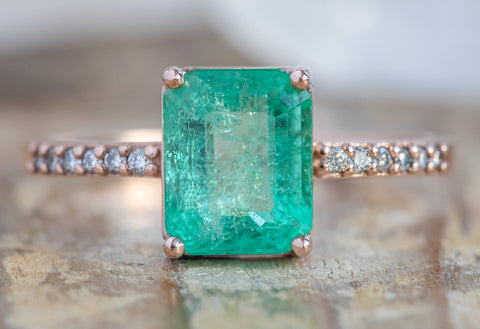 The Willow Ring with an Emerald-Cut Emerald