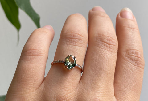 The Willow Ring with a Hexagon-Cut Green Sapphire