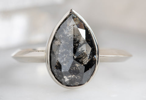 The Hazel Ring with a Black Pear-Shaped Diamond