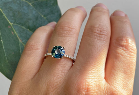Round Cut Montana Sapphire Engagement Ring with Pavé Band