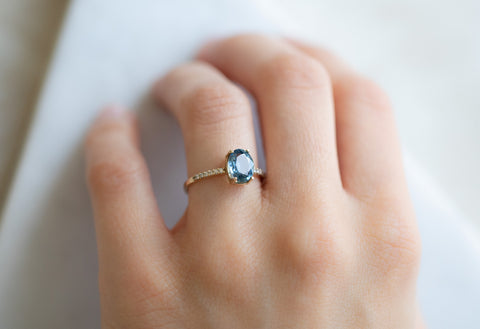 The Willow Ring with an Oval-Cut Sapphire
