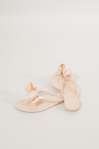 Walk The Line Jelly Bow Sandals - Beige