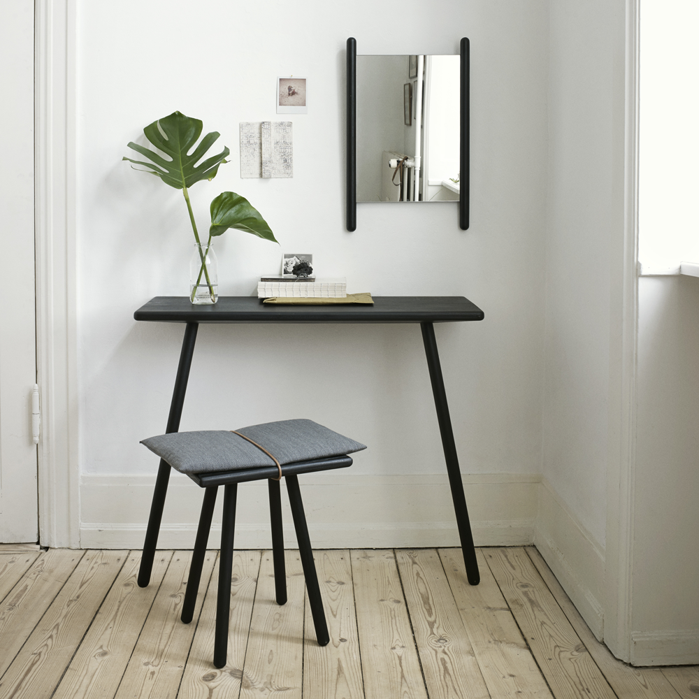 Georg Console Table in Natural or Black Oak