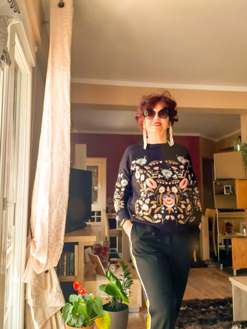 Embroidered Sweater and Brown Celluloid Sunglasses Chain