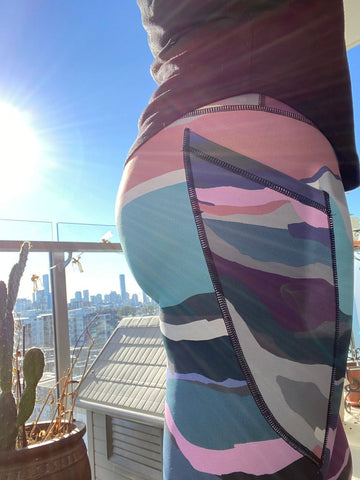 Sustainable leggings made on recycled fabric - colourful